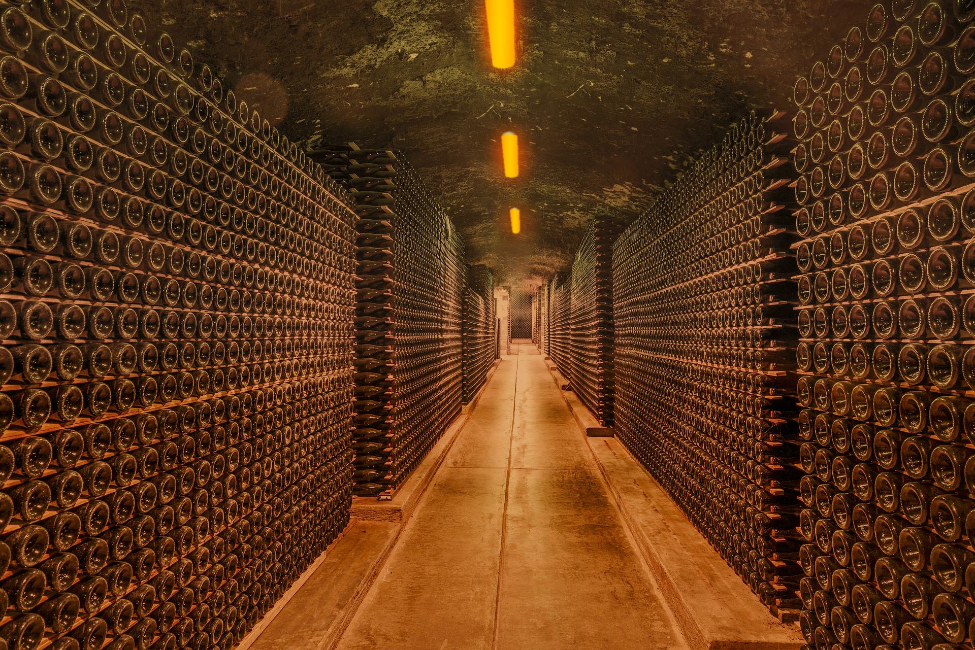 Lux et vinum illuminazione per vinerie cantine ristoranti
